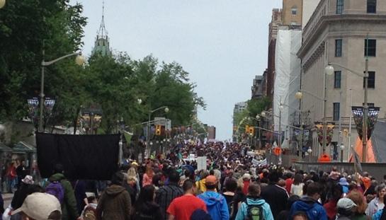 Aboriginal and non-Aboriginal peoples march for reconciliation - Ottawa, June 2015